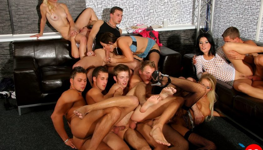 фото из клубов бисексуалов извращения
