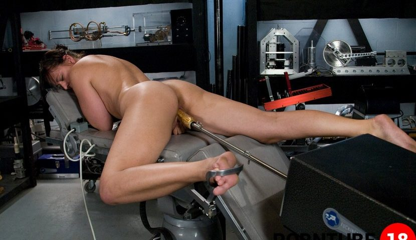 amateur girl friday danielle fucking machines