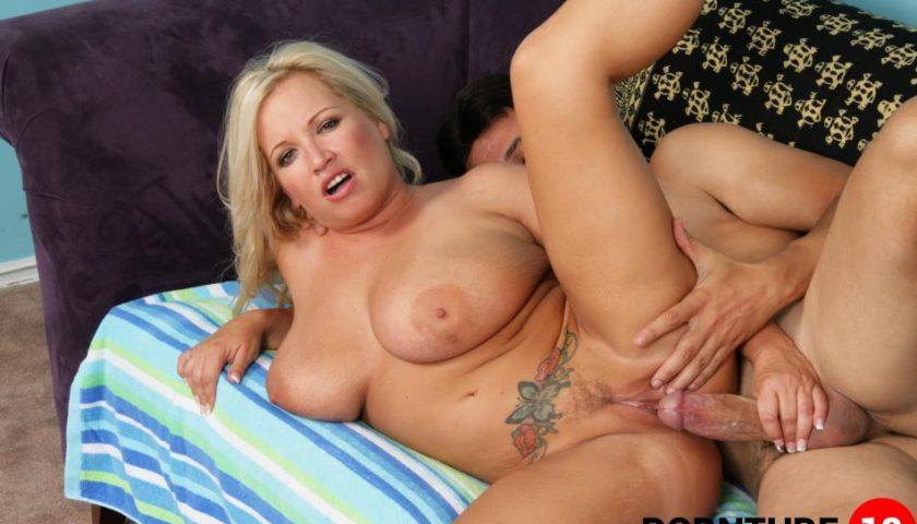 Sexy mom cum inside
