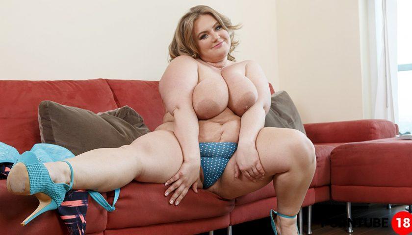 Sexy curvy blonde porn